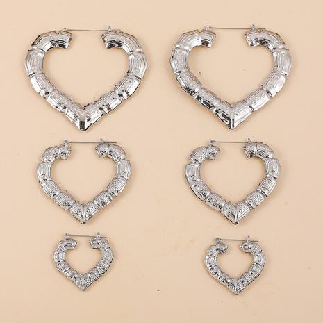 Pendientes de aloy de corazón de bambú de acero inoxidable al por mayor de joyería de nihaojewelry NHLL378500's discount tags