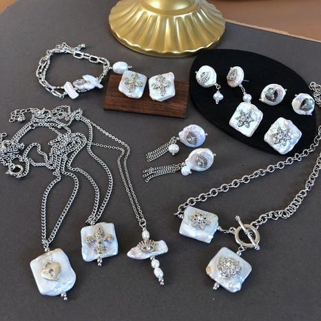 vente en gros bijoux style baroque collier pendentif coquillage boucles d'oreilles nihaojewelry NHOM378534's discount tags