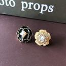 wholesale jewelry retro white drip glaze plant flower geometric shape earrings nihaojewelry NHOM378537