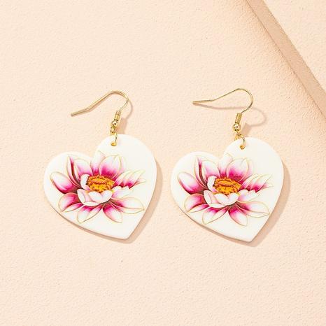 nihaojewelry retro moda flor patrón pendientes en forma de corazón joyería al por mayor NHAI379030's discount tags