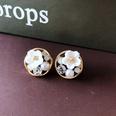 NHOM1751859-Round-Flower-Silver-Needle-Stud-Earrings-1.7CM