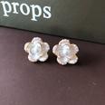 NHOM1751860-pearl-florets-silver-needle-earrings-1.71.4CM