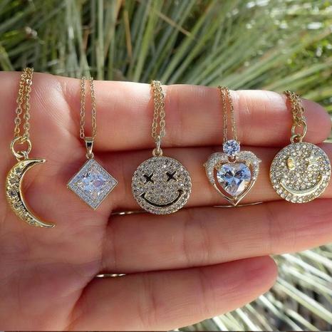 Collier Smiley en gros 18K couleur or préservant les bijoux Micro incrusté visage souriant chaîne de clavicule NHUW379088's discount tags