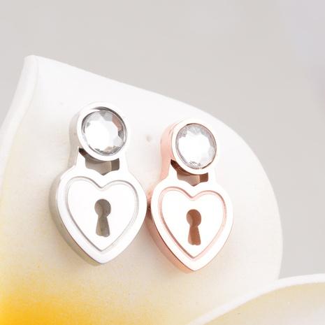 Nihaojewelry joyería al por mayor brillante corazón diamante titanio acero oro rosa pendientes NHAB379488's discount tags