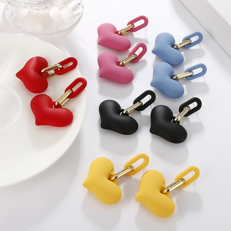 Nihaojewelry joyas al por mayor coreano lindo color caramelo cadena melocotón pendientes de corazón NHAYN379589's discount tags