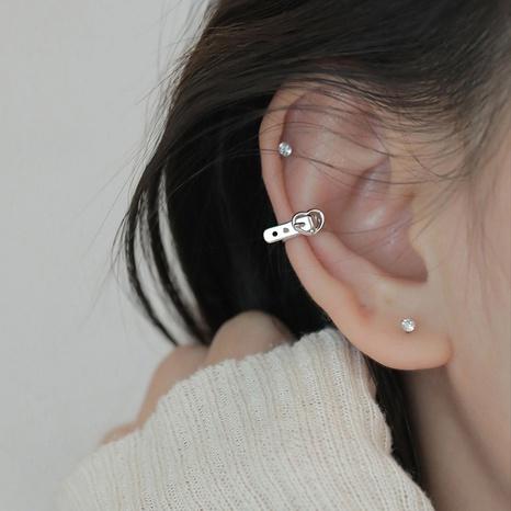 nihaojewelry simple corazón cinturón forma cobre oreja hueso clip joyería al por mayor NHLON379826's discount tags