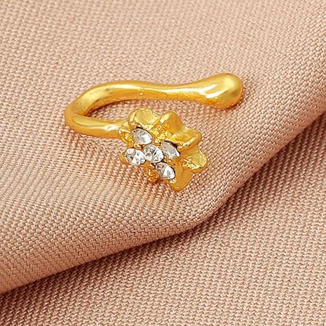 Nihaojewelry zircon metal en forma de u corazón hoja nariz uña joyería al por mayor NHDP379422's discount tags
