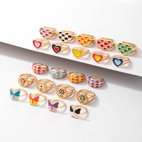 vente en gros bijoux bague multi-éléments coeur couleur rétro Nihaojewelry NHGY380838's discount tags