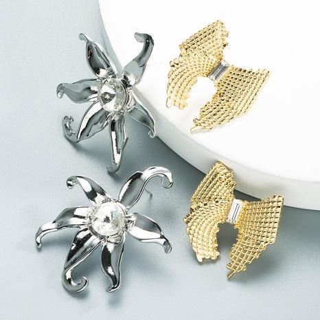 retro metal bow starfish earrings wholesale Nihaojewelry NHLN404305's discount tags
