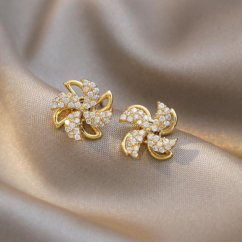 simple rotate fan shape earrings wholesale Nihaojewelry NHBQ404905