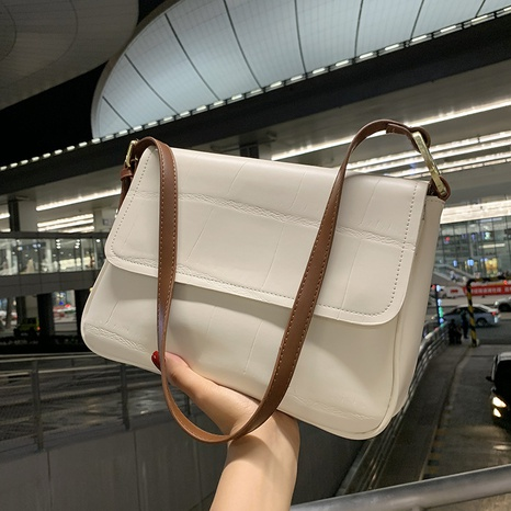 Korean solid color single shoulder messenger bag wholesale Nihaojewelry  NHGN405949's discount tags