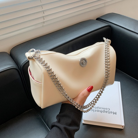 new trendy chain single shoulder cylinder bag wholesale Nihaojewelry  NHGN405954's discount tags