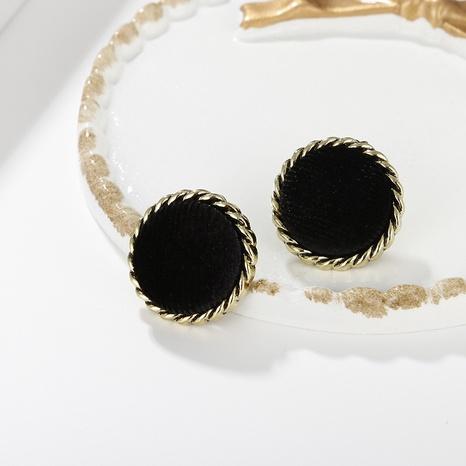 Großhandel Schmuck Retro runden quadratischen schwarzen Beflockung Ohrstecker snihaojewelry NHAYN406343's discount tags