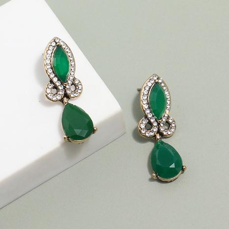 Großhandel schmuck retro tropfenförmige diamant anhänger ohrringe nihaojewelry NHKQ406409's discount tags