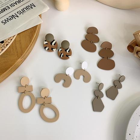Großhandel Schmuck Kaffee Farbe weiche Keramik geometrische Anhänger Ohrringe nihaojewelry NHMS406561's discount tags