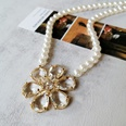 NHOM1904895-Crystal-flower-pearl-necklace