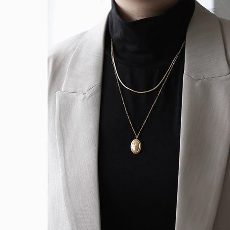 18K Fashion Oval Neptune Double Snake Bone Titane Collier En Gros Nihaojewelry NHGC395432's discount tags