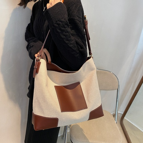 Large-capacity fashion contrast color one-shoulder splicing tote shoulder bag wholesale nihaojewelry NHWH407211's discount tags
