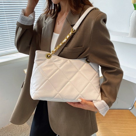 fashion large capacity embroidery thread shoulder bag wholesale nihaojewelry  NHWH407214's discount tags