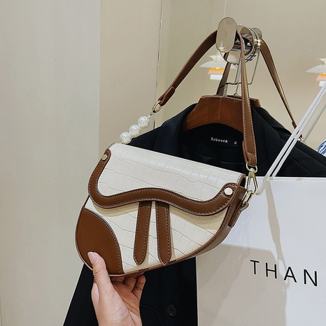 wholesale hit color stone pattern shoulder messenger bag nihaojewelry  NHGN407893's discount tags