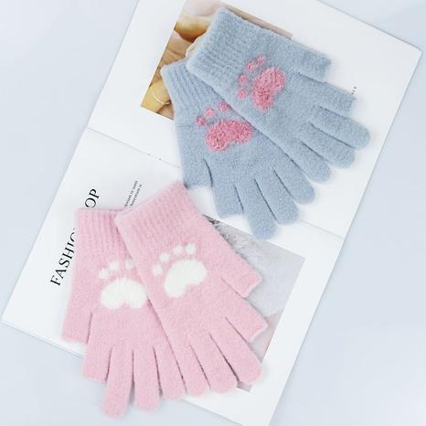 Neue Cartoon-Katze mit zwei Fingern warme Handschuhe Großhandel Nihaojewelry NHDM408447's discount tags