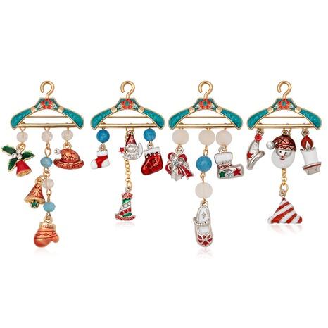 Großhandel Schmuck Weihnachtsaufhänger Weihnachtsmann Glocke Quaste Brosche Nihaojewelry NHCU408471's discount tags