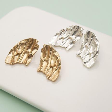 Simple Irregular Geometric Stud Earrings Wholesale Nihaojewelry NHQC412803's discount tags