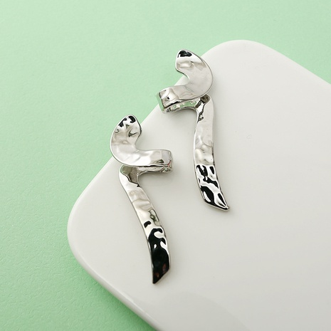 simple twisted line earrings wholesale Nihaojewelry NHQC412814's discount tags