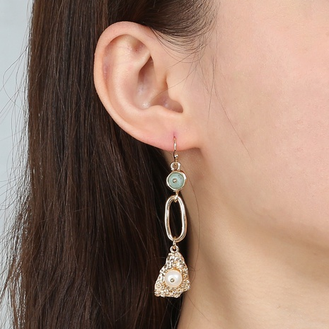 Großhandel kreative Vintage Naturstein Perlen lange Quaste Ohrringe Nihaojewelry NHDB396804's discount tags