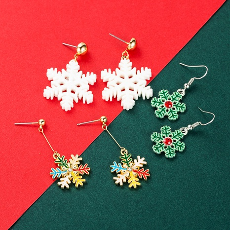 Christmas Series White Green Color Snowflake Earrings Wholesale Nihaojewelry NHLN413710's discount tags