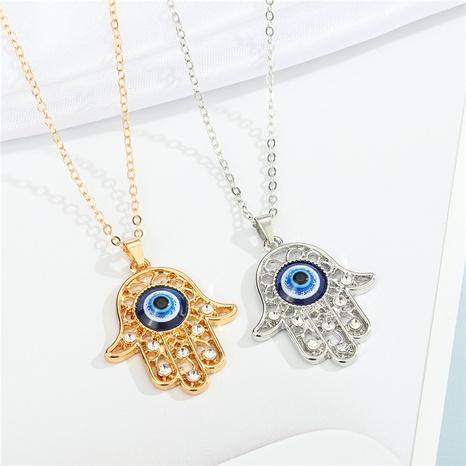 retro diablo ojos palma diamante colgante collar al por mayor nihaojewelry NHGO414224's discount tags