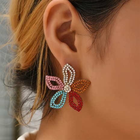 retro hollow diamond-studded flower earrings wholesale Nihaojewelry NHYAO414852's discount tags