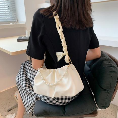 folds beaded chain fashion diagonal shoulder handbag wholesale Nihaojewelry NHUA397408's discount tags