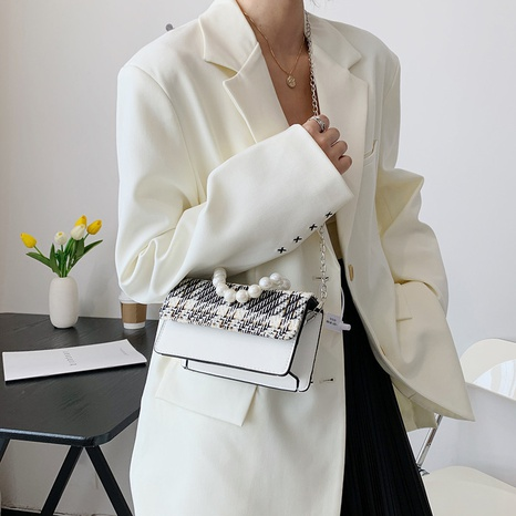 wholesale fashion plaid pearl chain wide shoulder strap messenger bag Nihaojewelry NHUA397458's discount tags