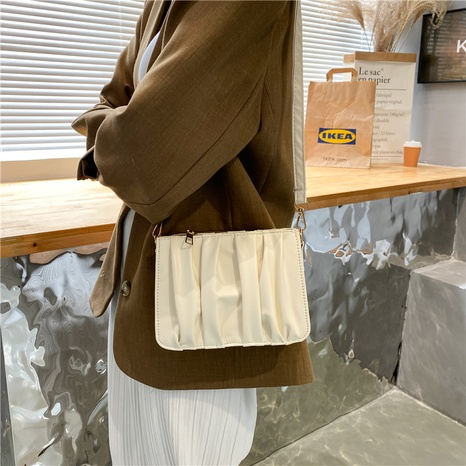 wholesale fashion solid color fold messenger bag Nihaojewelry NHUA397466's discount tags