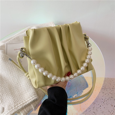 wholesale solid color pearl chain messenger fold cloud bag nihaojewelry  NHGN397747's discount tags