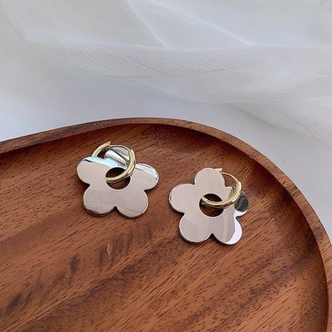 wholesale jewelry glossy flower pendant copper earrings nihaojewelry  NHMS397987's discount tags