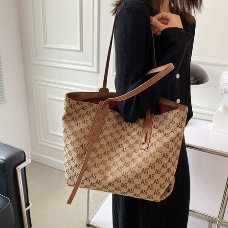 letter printed large-capacity commuter tote bag wholesale Nihaojewelry NHWH399677's discount tags