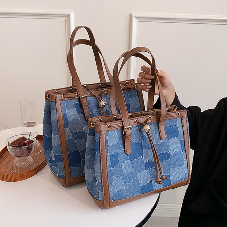 wholesale large-capacity hit color plaid one-shoulder portable tote bag nihaojewelry  NHGN399804's discount tags