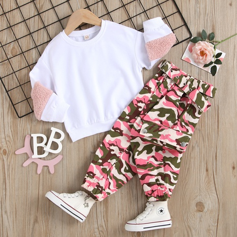 new stitching long-sleeved round neck sweater camouflage trousers two-piece suit wholesale Nihaojewelry  NHUS415038's discount tags