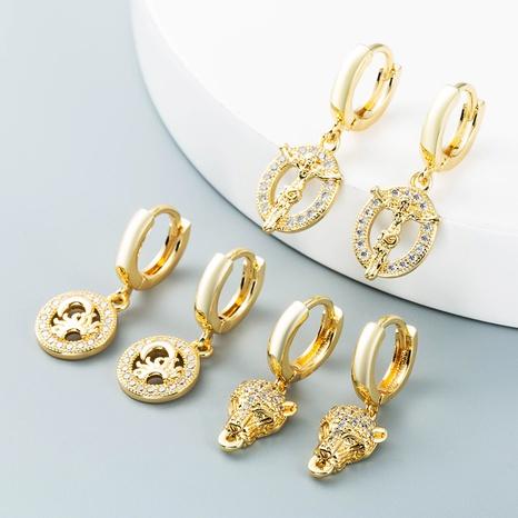 Cabeza de leopardo hueca Jesús luna pendientes de circón con incrustaciones de cobre al por mayor nihaojewelry NHLN430171's discount tags