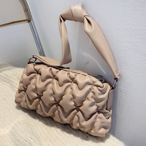 fashion solid color fold single shoulder bag wholesale nihaojewelry NHLH422851's discount tags