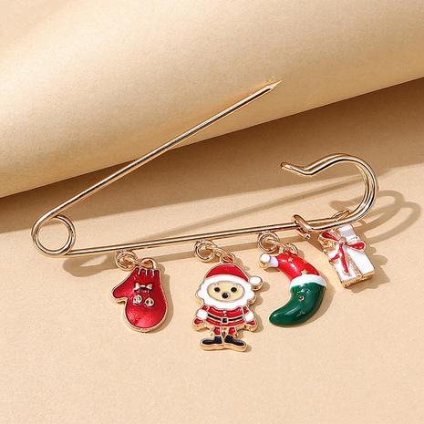 Broche de pasador de regalo de Papá Noel de la serie navideña al por mayor nihaojewelry NHPS424912's discount tags