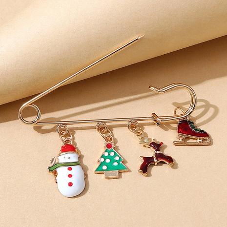 Serie de navidad árbol muñeco de nieve alce broche al por mayor nihaojewelry NHPS424911's discount tags