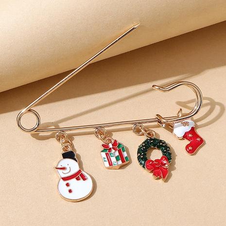 Broche de bota de muñeco de nieve de la serie navideña al por mayor nihaojewelry NHPS424910's discount tags