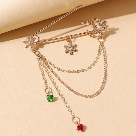 Serie de navidad copo de nieve cystal cadena borla pin broche al por mayor nihaojewelry NHPS424900's discount tags