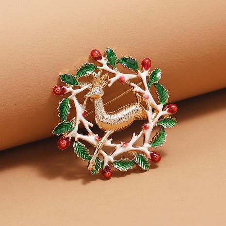Broche de corona de ciervos navideños al por mayor Nihaojewelry NHKQ424631's discount tags