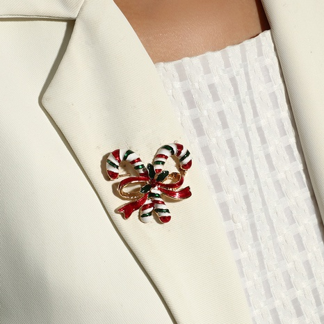 Broche de muletas de Bowknot de color navideño al por mayor Nihaojewelry NHKQ424632's discount tags