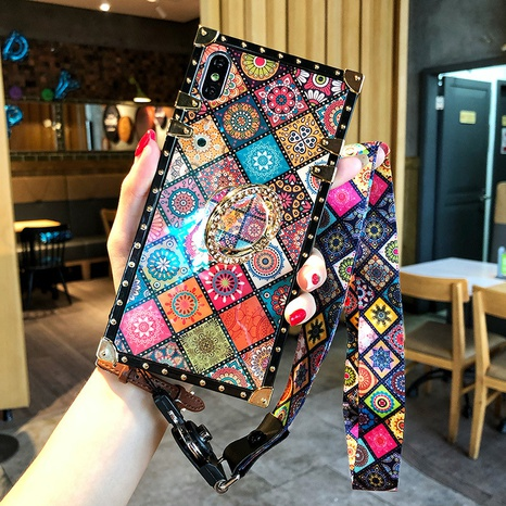 retro rhombic totem mobile phone shell wholesale Nihaojewelry NHKAT425643's discount tags