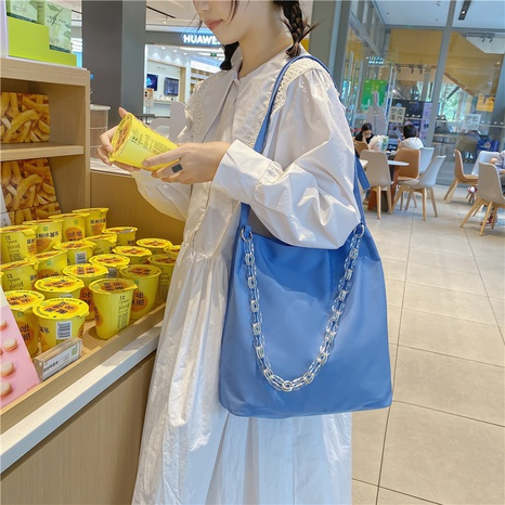 Korean style large-capacity solid color crystal chain tote bag wholesale nihaojewelry  NHLH427932's discount tags